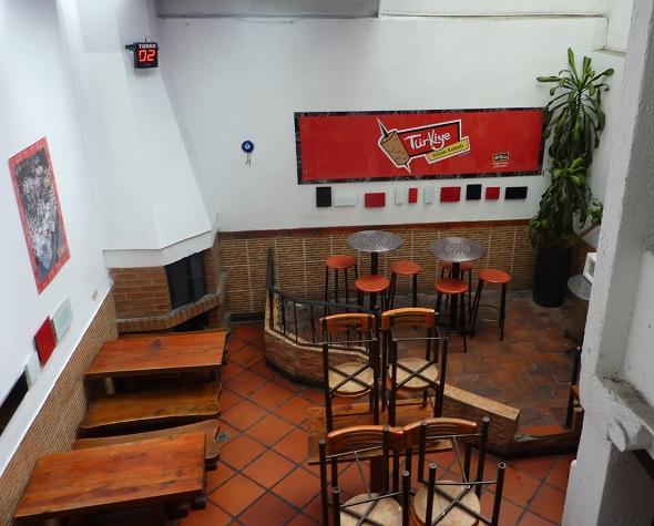 Kebab shop in Bogota, Colombia has a dance floor!