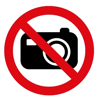 No photos allowed in Sasliki Mangalos