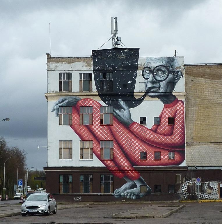 Kaunas astronomer street art